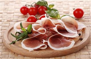 Prosciutto with pepper