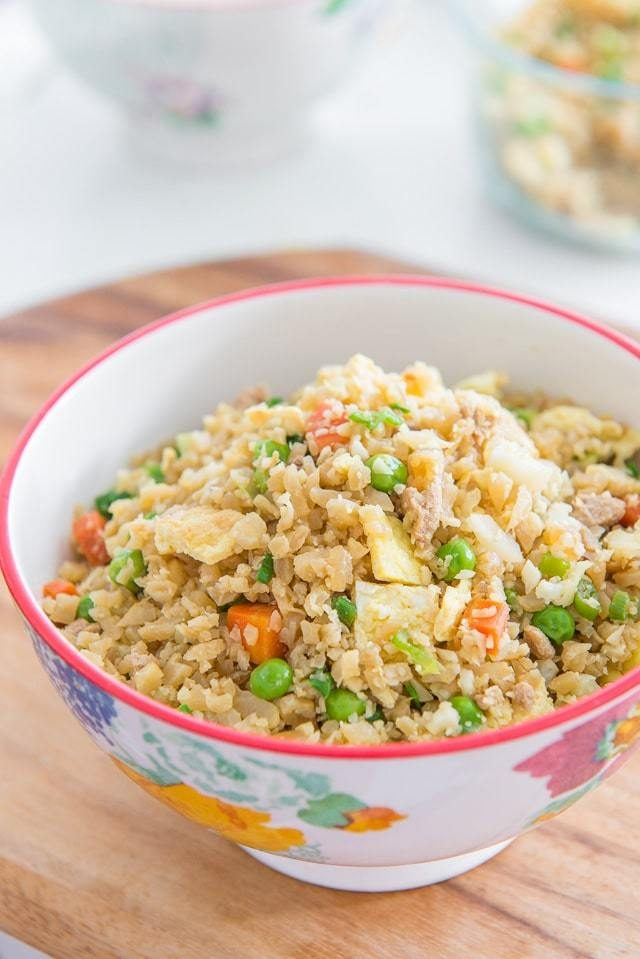 Cauliflower Chicken Fried Rice - Healthy, low-carb, full of protein, and full of veggies! #healthy #cauliflower